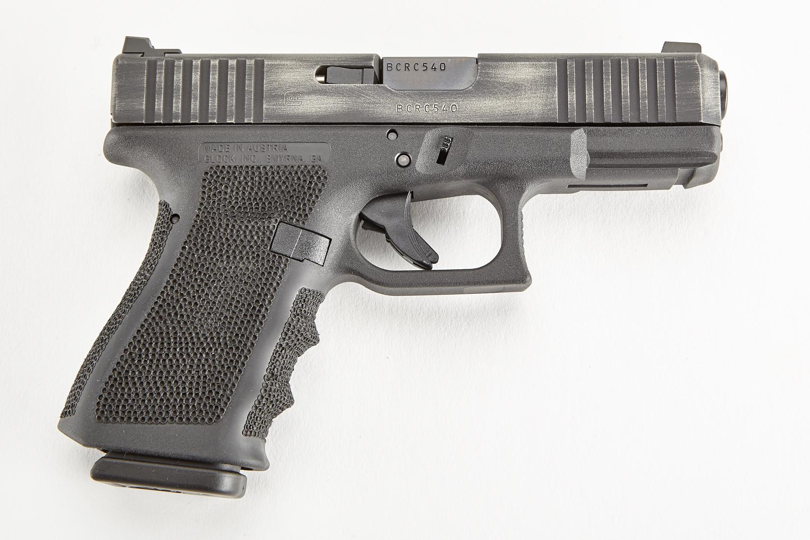 Glock 19 GEN 3, 9mm, Black/Silver-https://shopwilsoncombat.com/